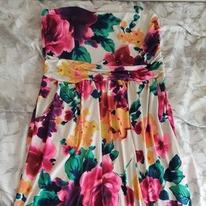saved by the dress Dresses - Ivory floral maxi dress with pockets